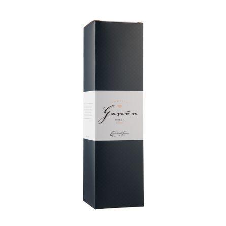 Familia-Gascon-Roble.-Estuche-X-1-Botella-.-750-ml
